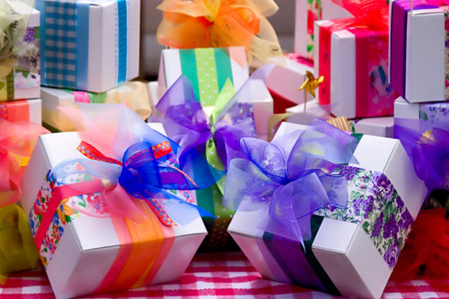 Top 5 Websites To Buy Personalized Gifts For Women